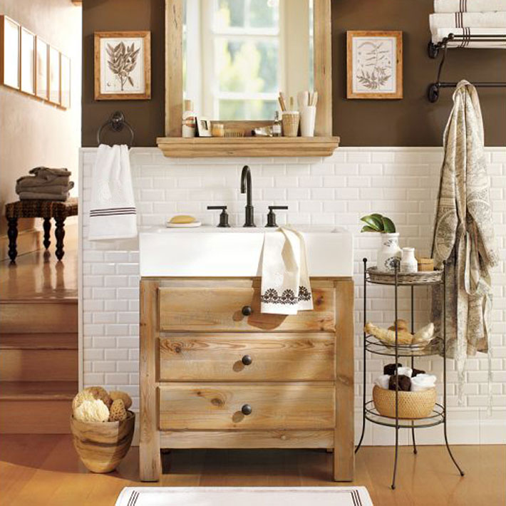 Reclaimed wood in bathroom design deniz home for Armoire de salle de bain en bois